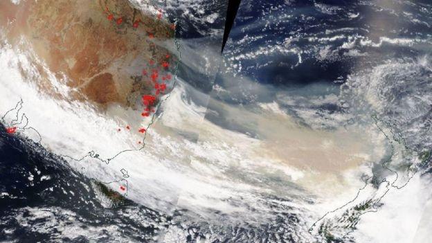 NASA: Khoi tu chay rung o Australia bay xa nua vong Trai Dat hinh anh 2 chay_rung_2.jpg