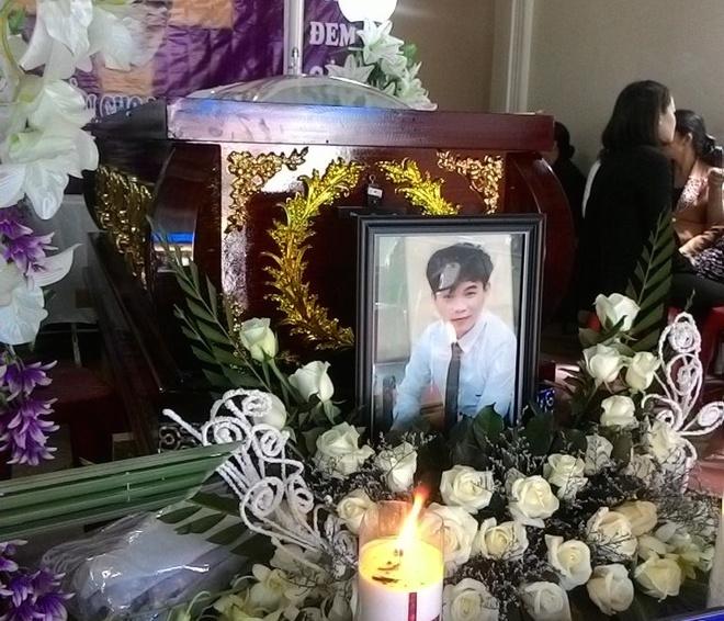 Noi Dau Cha Me Thanh Nien Bi 2 Co Gai Dam Chet Hinh Anh 1