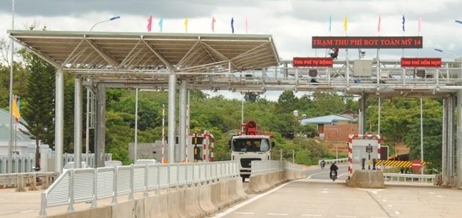 Tu Kon Tum den Sai Gon co 10 tram thu phi hinh anh 1