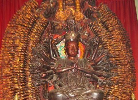 Tuong Phat nghin tay nghin mat noi tieng bi trom hinh anh