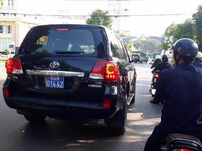 Dak Nong bao cao Thu tuong vu duoc tang hai xe sang hinh anh