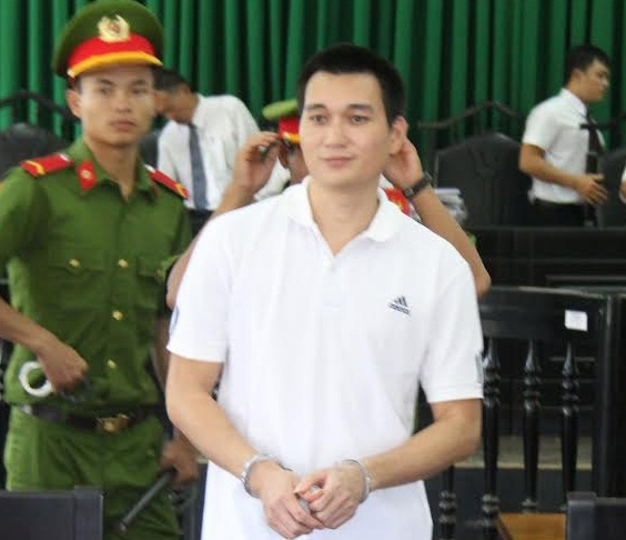 Cong an lua chay viec anh 1