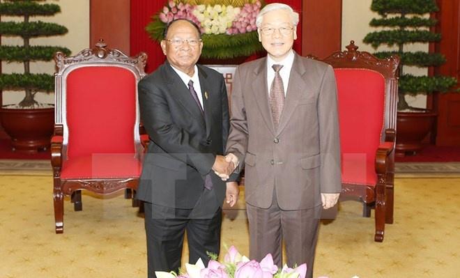 Tong bi thu: Viet Nam luon dac biet coi trong quan he voi Campuchia hinh anh