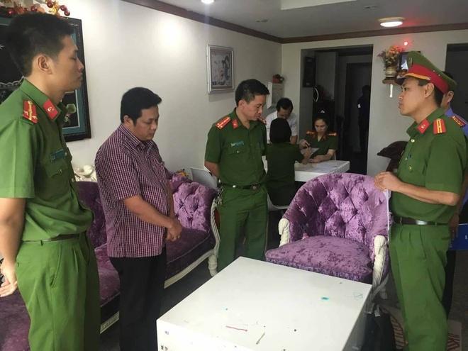 Bat Giam doc Ngan hang TMCP Buu Dien Lien Viet chi nhanh Dak Lak hinh anh 1
