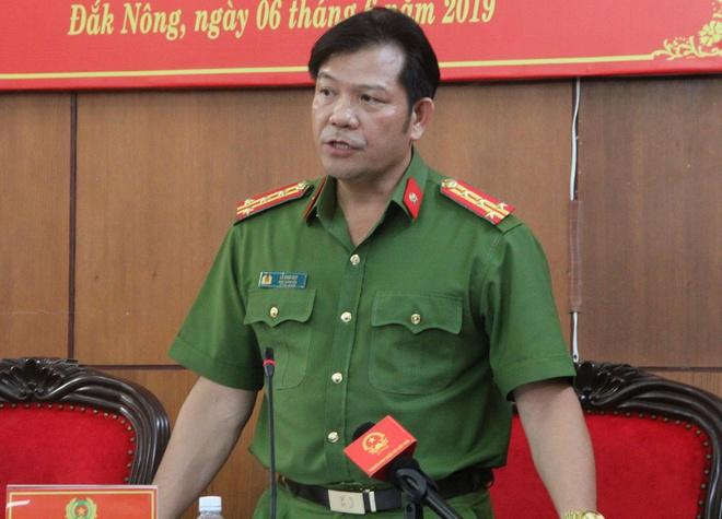 200 cong an bi mat deo bam duong day xang gia cua Trinh Suong hinh anh 2
