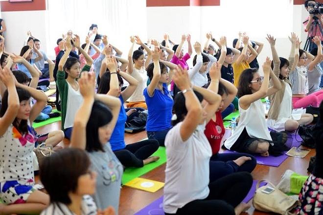 Bai tap yoga danh cho benh nhan ung thu hinh anh 1