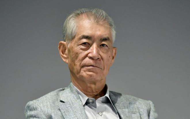 Giao su Nhat nhan giai Nobel qua loi ke cua hoc tro Viet Nam dau tien hinh anh