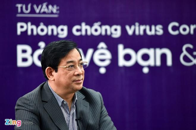 Virus corona co the song trong co the mot thang hinh anh 1 pgsKhue_zing.vn.jpg