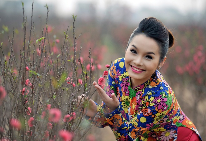 Doan Thuy Trang dieu da sac xuan hinh anh