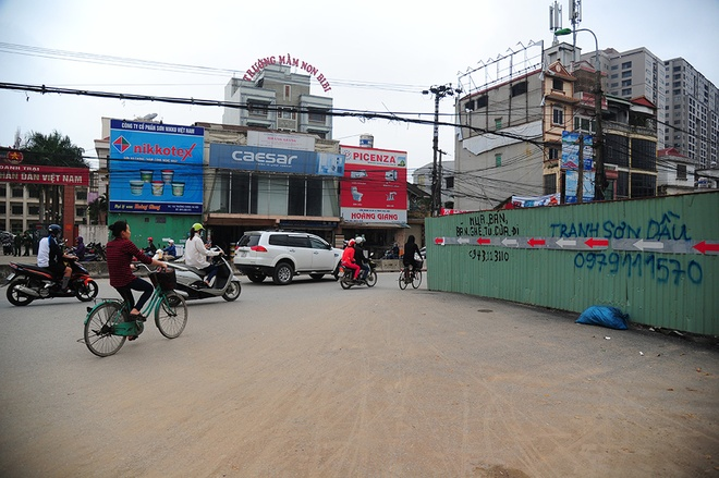 Can canh khuc cong uon luon o duong Truong Chinh hinh anh 4