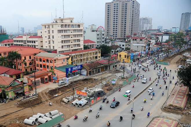 Can canh khuc cong uon luon o duong Truong Chinh hinh anh 6