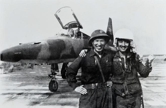 Khoanh khac lich su trong ngay giai phong Sai Gon 1975 hinh anh 2