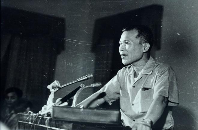 Khoanh khac lich su trong ngay giai phong Sai Gon 1975 hinh anh 13