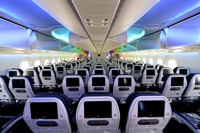 Can canh sieu may bay Boeing 787 lan dau den Ha Noi hinh anh