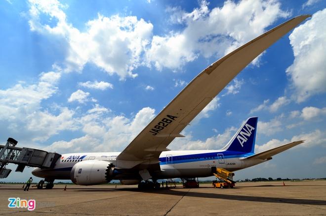 Can canh sieu may bay Boeing 787 lan dau den Ha Noi hinh anh 3