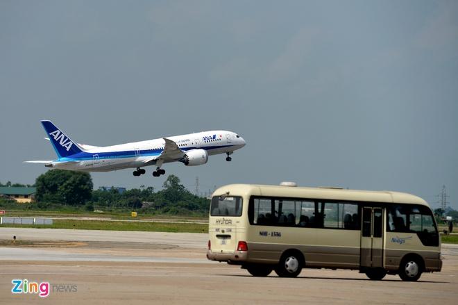 Can canh sieu may bay Boeing 787 lan dau den Ha Noi hinh anh 31