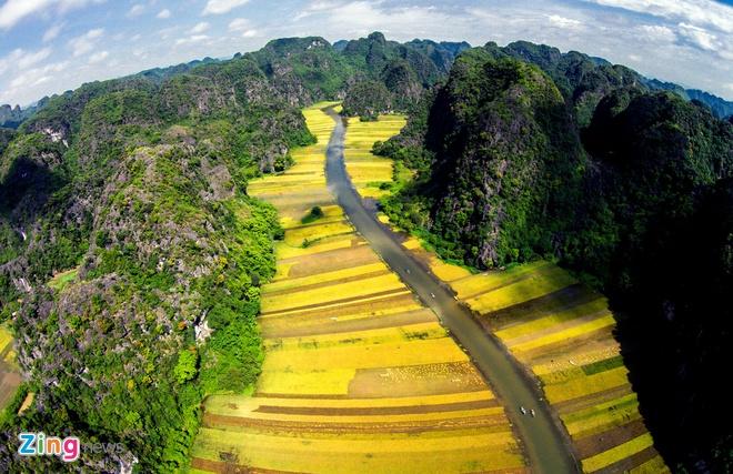 Toan canh di san the gioi Trang An - Bai Dinh hinh anh 1
