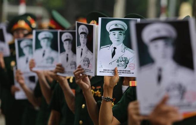 10 hinh anh kho quen trong le tang Dai tuong hinh anh 2 Tất cả các lực lượng quân đội trên cả nước đều thu xếp công việc để có thể về Hà Nội trong suốt hơn một tuần diễn ra lễ tang.