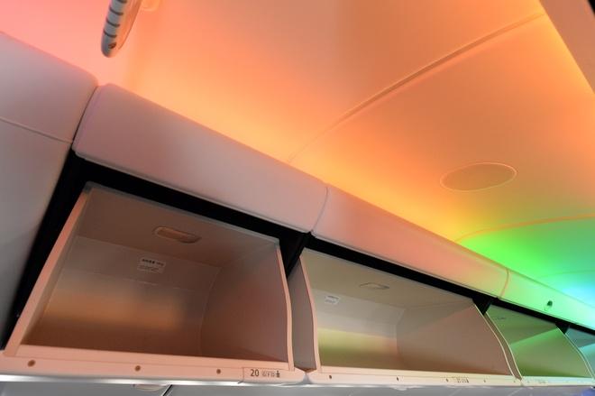 May bay Boeing 787 dau tien cua Vietnam Airlines sap ve VN hinh anh 11