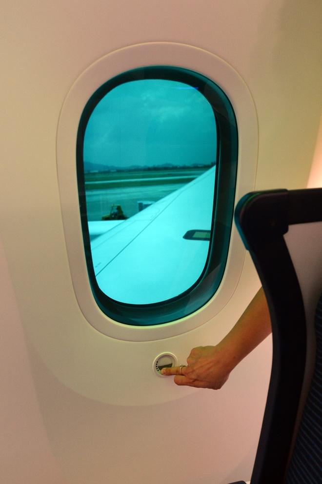 May bay Boeing 787 dau tien cua Vietnam Airlines sap ve VN hinh anh 9