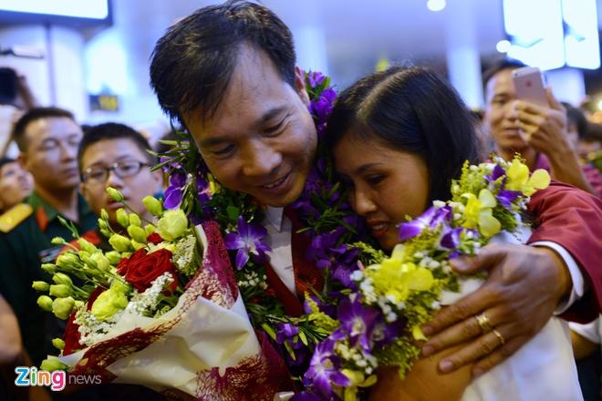 Xuan Vinh: 'Hang trieu CDV VN giup toi tao nen lich su' hinh anh 15