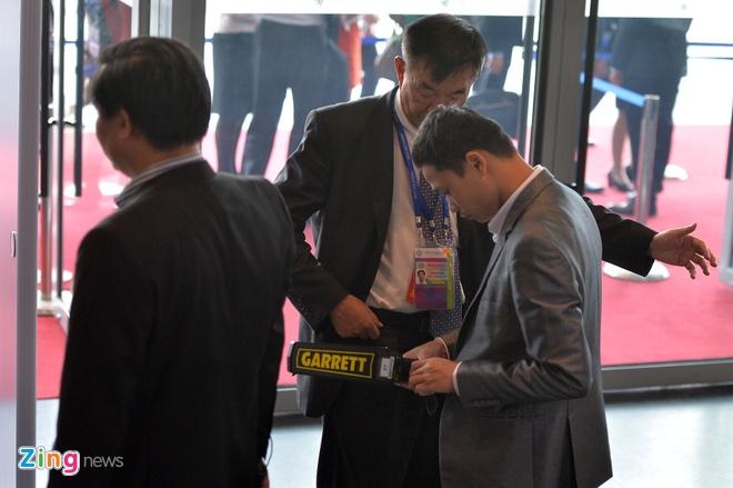 Don Trump va Tap Can Binh, an ninh that chat tai Hoi nghi CEO APEC hinh anh