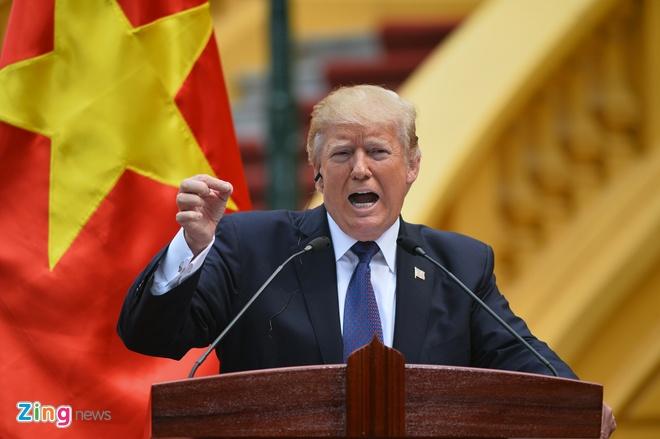 Tong thong Trump roi Ha Noi, ket thuc chuyen tham Viet Nam hinh anh 40