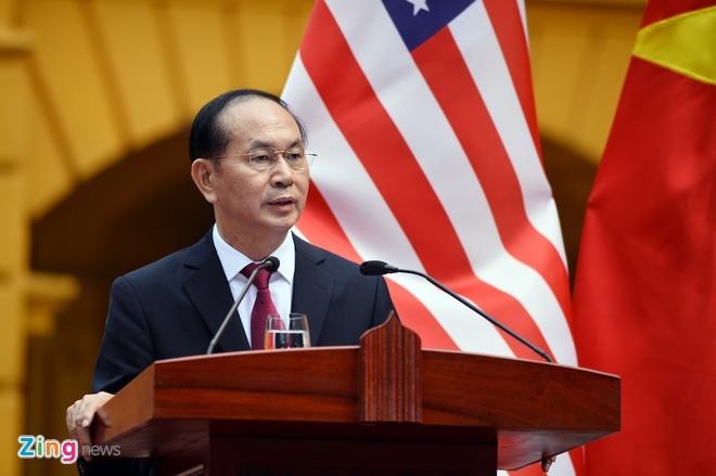 Tong thong Trump roi Ha Noi, ket thuc chuyen tham Viet Nam hinh anh 41