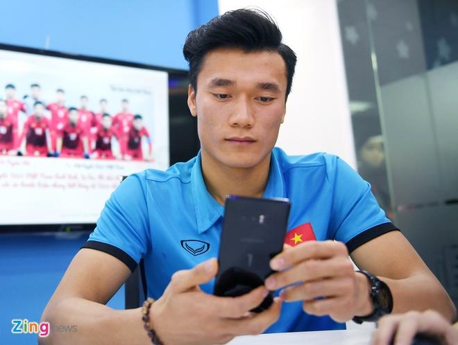Tien Dung, Cong Phuong: 'Niem tin chua bao gio tat voi U23 Viet Nam' hinh anh 14