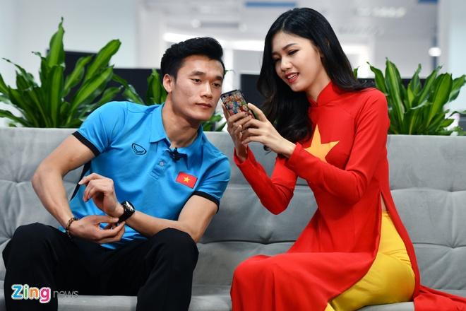 Tien Dung, Cong Phuong: 'Niem tin chua bao gio tat voi U23 Viet Nam' hinh anh 19