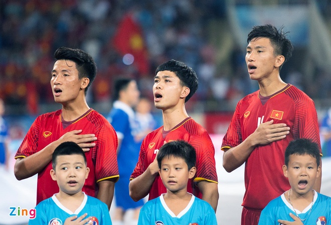 Olympic VN 3-0 Olympic Pakistan: Cong Phuong da hong 2 qua penalty hinh anh 15