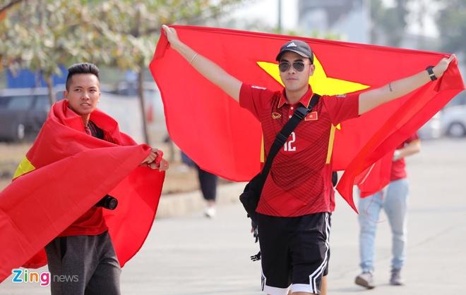 Olympic VN 3-0 Olympic Pakistan: Cong Phuong da hong 2 qua penalty hinh anh 18