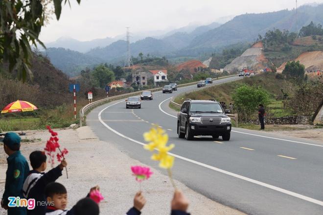 Doan xe ong Kim Jong Un ve toi khach san Melia hinh anh 2