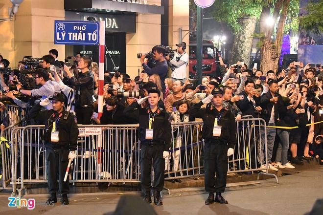 Chu tich Kim: 'Quyet dinh chinh tri day dung cam cua ong Trump' hinh anh 65
