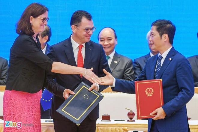 Thu tuong: EVFTA va IPA la 2 cao toc hien dai noi lien Viet Nam - EU hinh anh 12