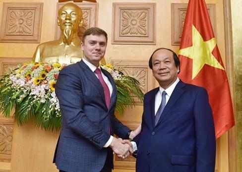Viet Nam hoc hoi kinh nghiem xay dung Chinh phu dien tu tu Nga hinh anh