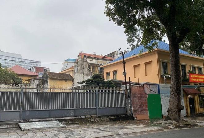 Ha Noi thu hoi dat 69 Nguyen Du anh 1