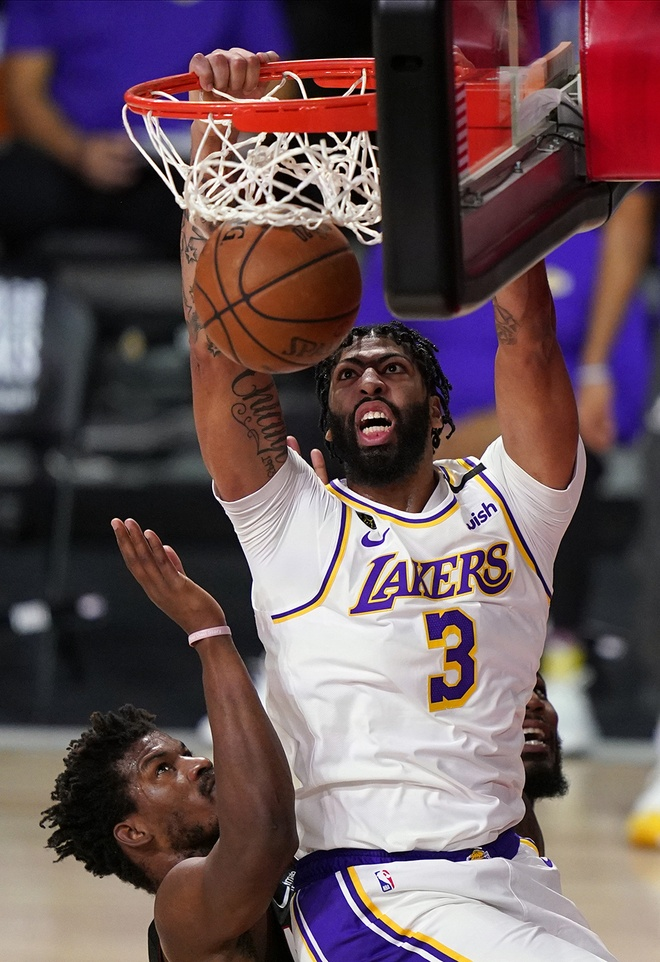 Anthony Davis tu choi Los Angeles Lakers anh 1