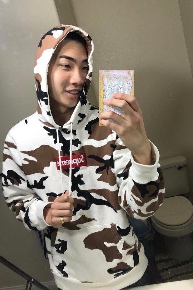 Kang Daniel mac ao hiem gia 1.500 USD khi hen ho bi mat voi ban gai hinh anh 3