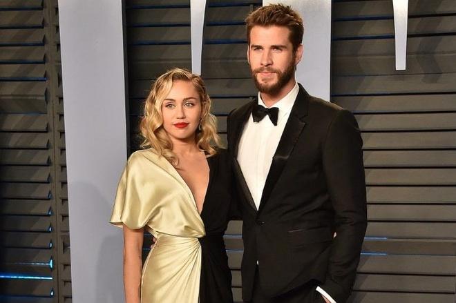 thoi trang cua Miley Cyrus va Liam Hemsworth anh 11