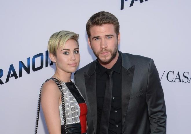 thoi trang cua Miley Cyrus va Liam Hemsworth anh 7