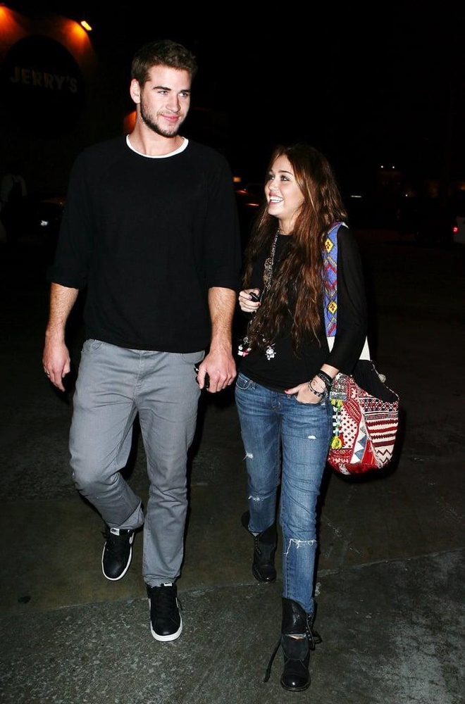 thoi trang cua Miley Cyrus va Liam Hemsworth anh 5