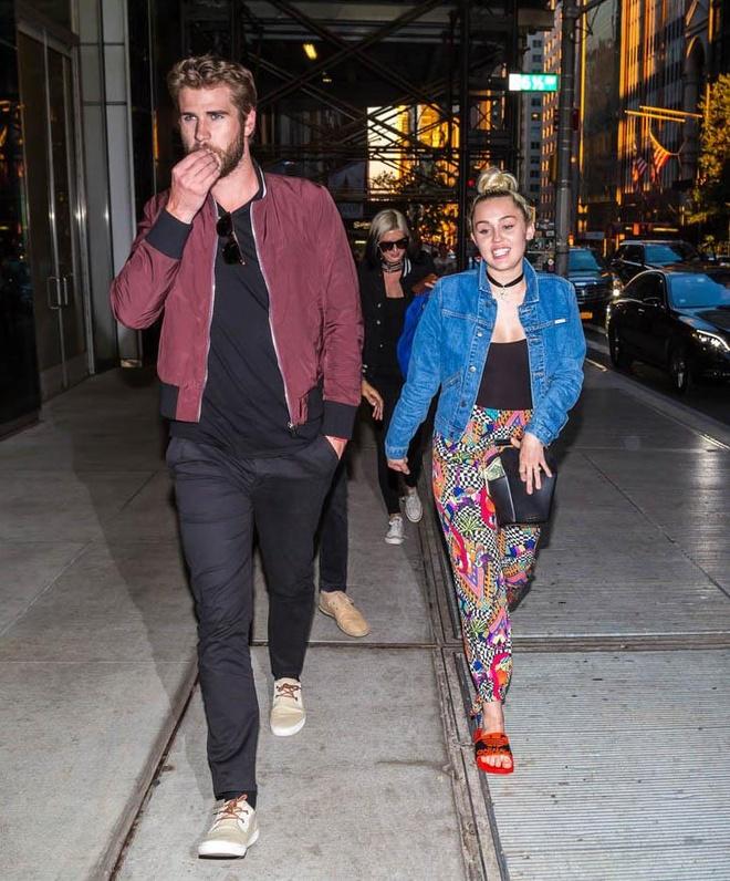 thoi trang cua Miley Cyrus va Liam Hemsworth anh 8