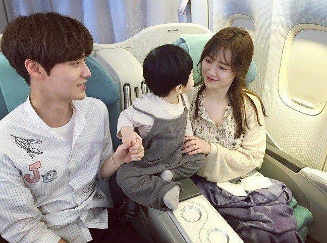 Thoi con ngon tinh, Goo Hye Sun - Ahn Jae Hyun hiem khi mac do doi hinh anh 8