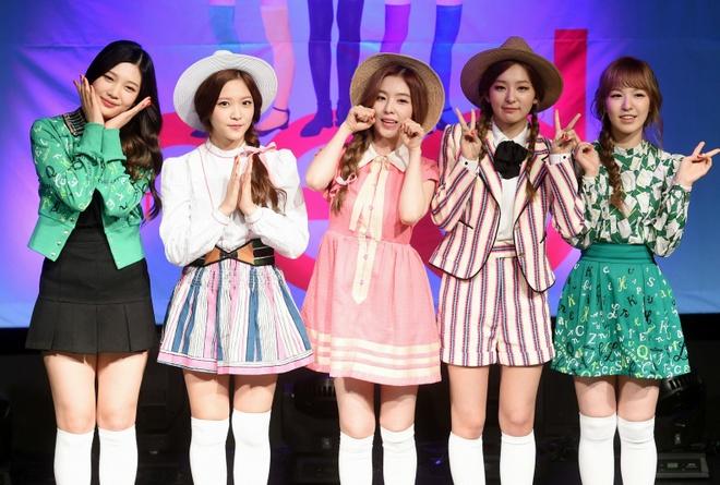 Red Velvet an mac tham hoa anh 3