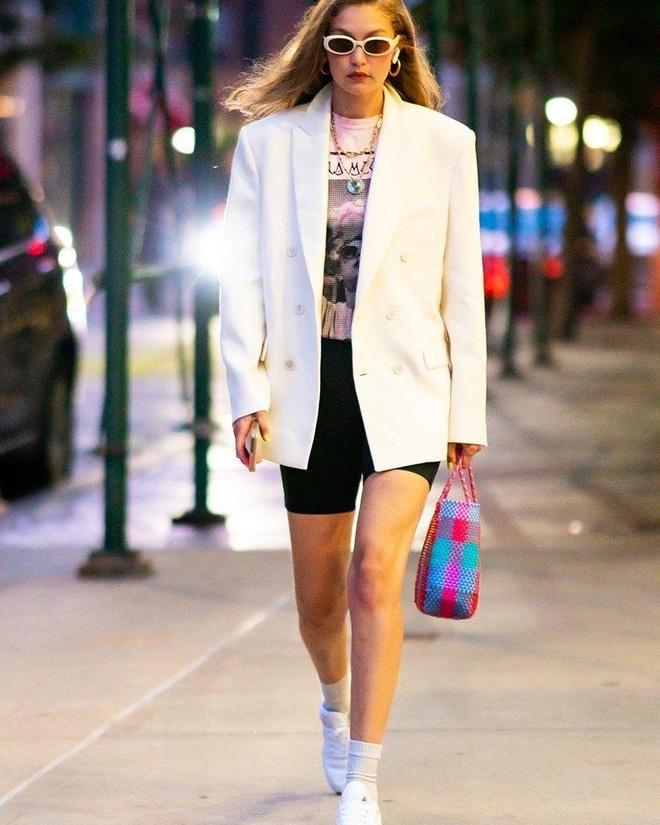 Gigi Hadid mac do cua Taylor Swift anh 1