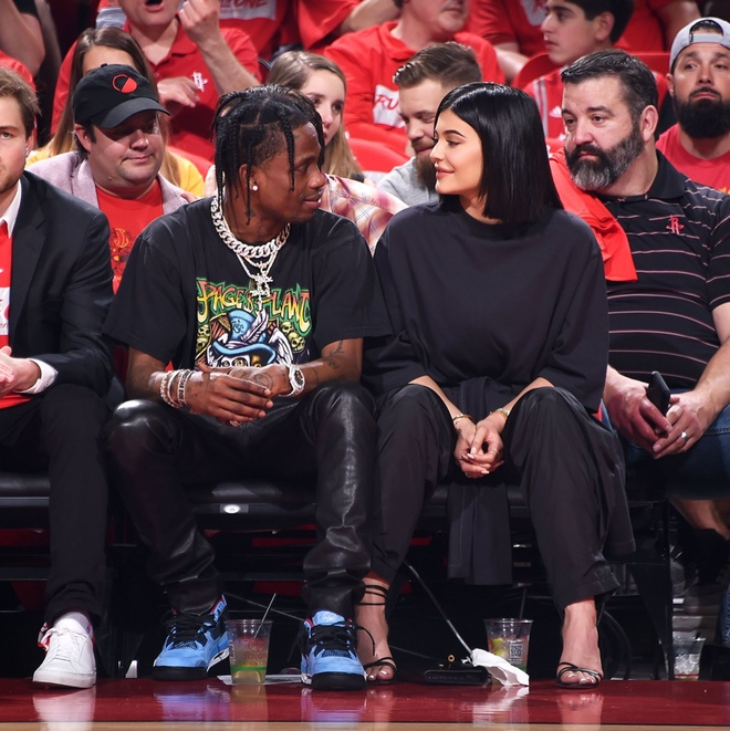 Kylie Jenner chia tay Travis Scott anh 2