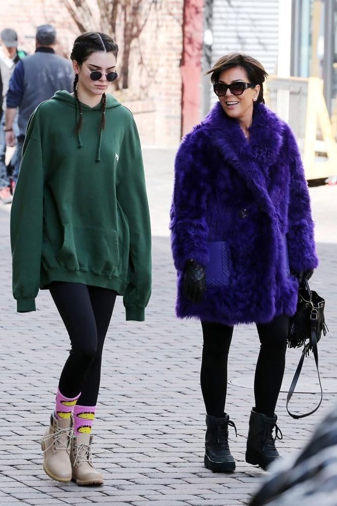 Kendall Jenner da thay doi phong cach the nao sau khi noi tieng? hinh anh 1