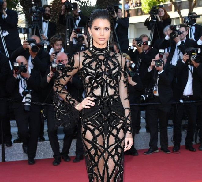 Kendall Jenner da thay doi phong cach the nao sau khi noi tieng? hinh anh 5