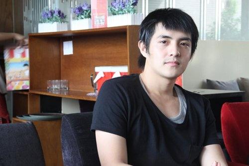 Phong cach thoi trang cua Ong Cao Thang it thay doi sau 10 nam hinh anh 3